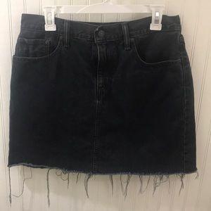 Levi's Denim Skirt Size 30